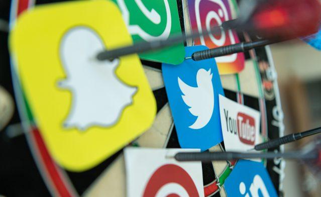 PR-waarde update: algoritme Facebook, social media reacties en advertentietarieven